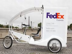 Inner City Delivery: Fedex is using hybrid human-electric trikes in central Paris (Photo: proxi-business.com):