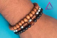 zpr Básico de contas, tem também!  #pulseirismo #pulseira #acessorios #beu #beuacessorios #still #ecommerce #share #compartilhe #boy #boyfashion #fashion #produto #brinco #colar #neckless #ring #blogger #blogueira #contas #basico #basic #unissex
