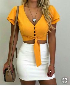Stunning Summer Outfits With Mini Skirt You Would Love To Try This Summer; Summer Outfits With Mini Skirt; Stunning Summer Outfits With Mini Skirt; Mini Skirt For Summer; Crop Top Outfits, Club Outfits, Mode Outfits, Fashion Outfits, Skirt Outfits, Fashion Clothes, Trend Fashion, Cute Fashion, Feminine Fashion
