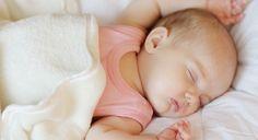Mi bebé se despierta en la noche, ¿qué hago?