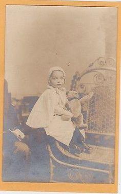 Real-Photo-Postcard-RPPC-Little-Girl-Teddy-Bear-on-Rattan-Chair-Washington-DC Teddy Bear Pictures, Vintage Teddy Bears, Photo Postcards, Washington Dc, Old Photos, Rattan, Little Girls, Chair, People