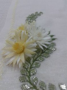 Quilling, Projects To Try, Embroidery, Flowers, Handmade, Inspiration, Sewing, Google, Youtube