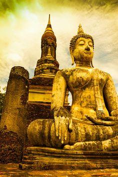 Buddha statue. Sukhothai Historical Park. Thailand.