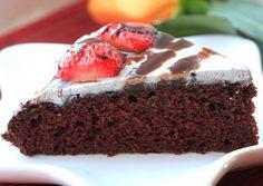 Whacky Vegan Chocolate Cake - http://www.veganbirthdaycake.org/whacky-vegan-chocolate-cake/ #vegan #recipes