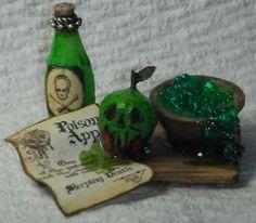 OOAK Dollhouse miniature handcrafted halloween poison apple board 1/12th #NorthernLitesMiniatures