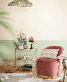 Quel fauteuil rose choisir ? | My Blog Deco Rose Pastel, Blog Deco, Looks Vintage, Planter Pots, Vintage Modern, Modern Armchair, Clean Design, Minimalist, Art Deco