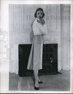 1956 Press Photo Pale blue worsted wool flannel skirt by Century - nex75405