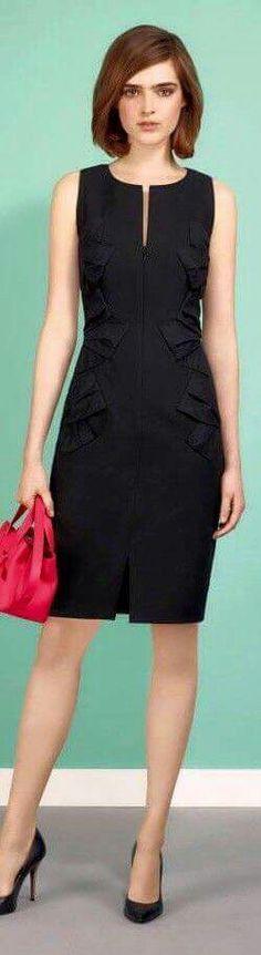 Vestido negro con mangas