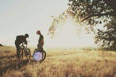 Mountainbiking with a good buddy is awesome! Nice photo via Eskapee.