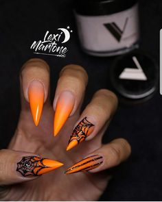 30 Amazing Halloween Makeup Ideas & Nail Arts You Need To Try 30 Beauty Ideas Make You Bootiful On Halloween Party Sugar&Vapor The post 30 Amazing Halloween Makeup Ideas & Nail Arts You Need To Try appeared first on Halloween Nails. Holloween Nails, Cute Halloween Nails, Halloween Acrylic Nails, Fall Acrylic Nails, Halloween Nail Designs, Halloween Party, Halloween Couples, Pretty Halloween, Scary Halloween