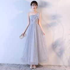 Lovely Silver Homecoming Graduation Dresses 2017 A-Line / Princess Bow Star One-Shoulder Backless Sleeveless Ankle Length Formal Dresses Formal Evening Dresses, Elegant Dresses, Cute Dresses, Beautiful Dresses, Homecoming Dresses, Bridesmaid Dresses, Graduation Dresses, Fantasy Gowns, Winter Dress Outfits