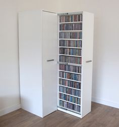 Volle cd kast voor 600 cd 39 s woonideeen pinterest for Boeken opbergsysteem
