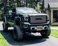 lifted trucks chevy