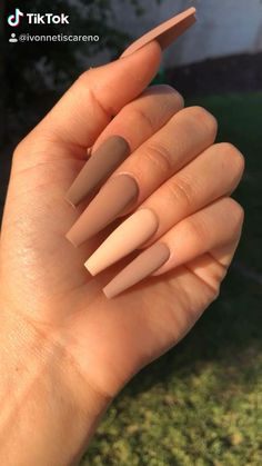 Bling Acrylic Nails, Acrylic Nails Coffin Short, Simple Acrylic Nails, Best Acrylic Nails, Coffin Nails, Gel Nails, Acrylic Art, Winter Acrylic Nails, Matte Stiletto Nails