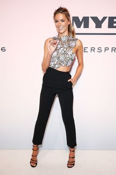 Jennifer Hawkins Photos Photos - Jennifer Hawkins arrives ahead of the Myer…