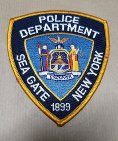 New York Winter, New York Police, Police Patches, Law Enforcement, Cops, Badges, New York City, Nyc, Garage Design