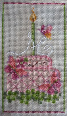 May Cake - A year of birthday cakes - Brooke Nolan Cross Stitch Ponto Cruz