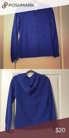 Zip up sweatshirt Lady foot locker zip up hoodie. Brand new, never worn. Inside is super soft and comfy. Size M Tops Sweatshirts & Hoodies