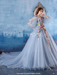 Formal Evening Dress Ball Gown V-neck Chapel Train Satin / Tulle with Flower(s) 2017 - $199.99