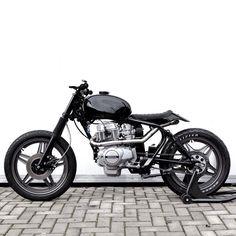 #FlatTracker #motorcycles #motos | caferacerpasion.com
