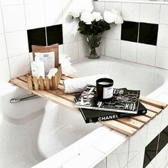 Chanel Bathroom Interior Unique Discover the Secrets Of Interior Design Professionals In 2019 Decoration Inspiration, Bathroom Inspiration, Interior Inspiration, Decor Ideas, Bathroom Goals, Interior Decorating, Interior Design, Home And Deco, Vintage Modern