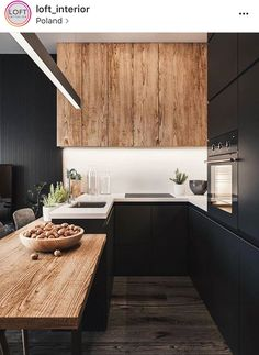 The 50 BEST BLACK KITCHENS - kitchen trends you need to see. It is no secret, in the design world, that dark kitchens are all the rage right now! Black kitchens have been popping up left and right and we are all for it, well I am anyways! Stylish Kitchen, Modern Kitchen Design, Interior Design Kitchen, New Kitchen, Kitchen Decor, Room Interior, Kitchen Wood, Kitchen Ideas, Kitchen Cabinets
