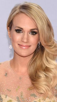 qui est Carrie Underwood datation WDWClearwater Florida rencontres