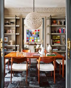Charming home in Madrid with dynamic touches of color and pattern