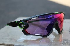 Oakley launches Jawbreaker sunglasses, co-developed by Cavendish - #glasses #glassesonweb #eyewear