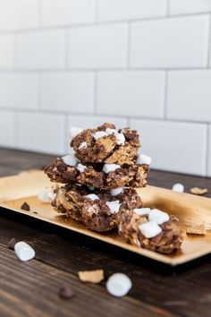 No-Bake S'mores Bars Are the Best Way to Celebrate National S'mores Day!
