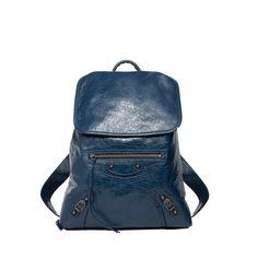 Balenciaga Classic Traveller S Handbag for Women - Discover the latest collection at the official Balenciaga online store.