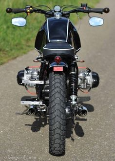 Black Widow - Nice Power baut Custombikes Scrambler Bobber Caferacer - Cars and motorcycles - Motorrad Bmw Motorcycles, Vintage Motorcycles, Custom Motorcycles, Custom Bikes, Moto Cafe, Bmw Cafe Racer, Cafe Racers, Bobber, Bmw Scrambler