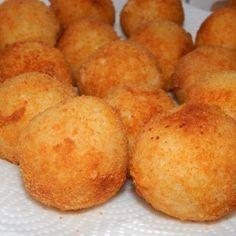 Arancini olasz rizsgolyó recept Vegetarian Recipes, Snack Recipes, Cooking Recipes, Snacks, Hungarian Recipes, Italian Recipes, Good Food, Yummy Food, Arancini