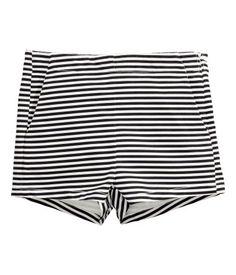 Twill shorts. H&M. #HMDIVIDED