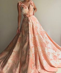 Simple V Neck Gold A-line Long Evening Prom Dresses, Cheap Custom Sweet 16 Dresses, 18565 Sweet 16 Dresses, Elegant Dresses, Pretty Dresses, Vintage Dresses, Evening Dresses, Prom Dresses, Formal Dresses, Rose Gown, Beautiful Gowns