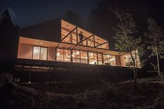 Image 8 of 28 from gallery of La Quimera House / Ruca Proyectos. Photograph by Ignacio Santa Maria Santa Maria, Architecture Details, Interior Architecture, Interior Design, Wooden House Design, Wooden Sheds, Winter Cabin, House Goals, Residential Architecture