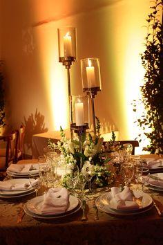 Vela alta | Mesa de convidados | Decoração de velas | Decoração | Decor | Wedding Table | Casamento | Wedding | Inesquecível Casamento