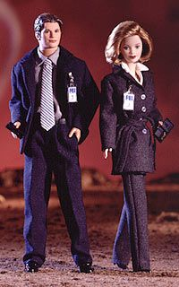 barbie X Files Trust No One Collector vintage Collector vintage Barbie & Ken,