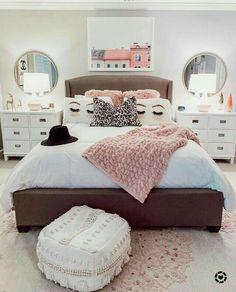 30 Teen Girl Bedroom Decor Ideas - The Wonder Cottage Teen Bedroom Designs, Bedroom Decor For Teen Girls, Teen Girl Bedrooms, Cheap Bedroom Ideas, Childrens Bedroom, Dream Rooms, Dream Bedroom, Dressing Room Design, My New Room