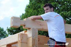 Maison bois : pose d'un madrier contrecollé