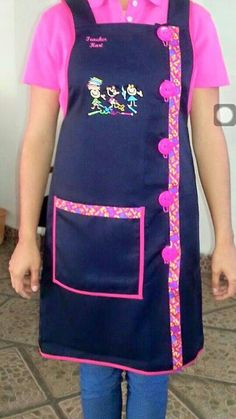 Childrens Apron Pattern, Childrens Aprons, Sewing Hacks, Sewing Crafts, Sewing Projects, Jean Apron, Teacher Apron, Sewing Aprons, Apron Designs