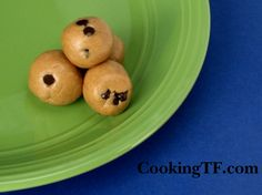 Peanut Butter Balls- a healthy snack from www.cookingTF.com