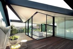Modern Architecture, Pitched Roof House - Chenchow Little Architects, Modern Building