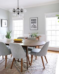 Outrageous Small Dining Room Table and Chair Ideas Tips - myhomeorganic Small Apartment Decorating, Dining Room Inspiration, Plywood Furniture, Dining Room Design, Kitchen Dining, Dining Chairs, Dining Rooms, Carpet Dining Room, Ikea Dining