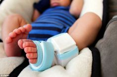 """Owlet """"Smart Sock"""" Monitors Baby's Health Using Your Smartphone - Gadget Review"""