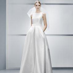 Jesus Peiro Wedding Dress | 4043 | 2014 AND POCKETS!!!