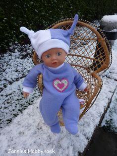 Winterpak met muts Little BabyBorn 32 cm. Patroon Christel Dekker