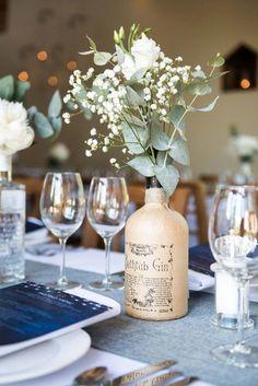 Fortunate utilized wedding table decor settings visit here Beach Wedding Flowers, Beach Wedding Favors, Floral Wedding, Wedding Advice, Wedding Planning Tips, Pub Wedding, Wedding Punch, Free Wedding, Wedding Consultant