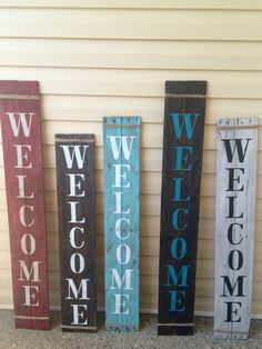 Rustic verticle porch WELCOME sign, pallet wood, handpainted, jute wrap, welcome wood sign Wood Pallets, Pallet Wood, Porch Welcome Sign, Welcome Signs, Wood Crafts, Diy Crafts, Pallet Projects, Pallet Ideas, Reclaimed Wood Projects Signs