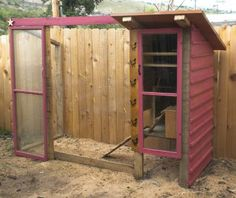 Perfect for Six City Chickens! Three levels too! #BackyardChickens www.FreeHenHousePlans.weebly.com